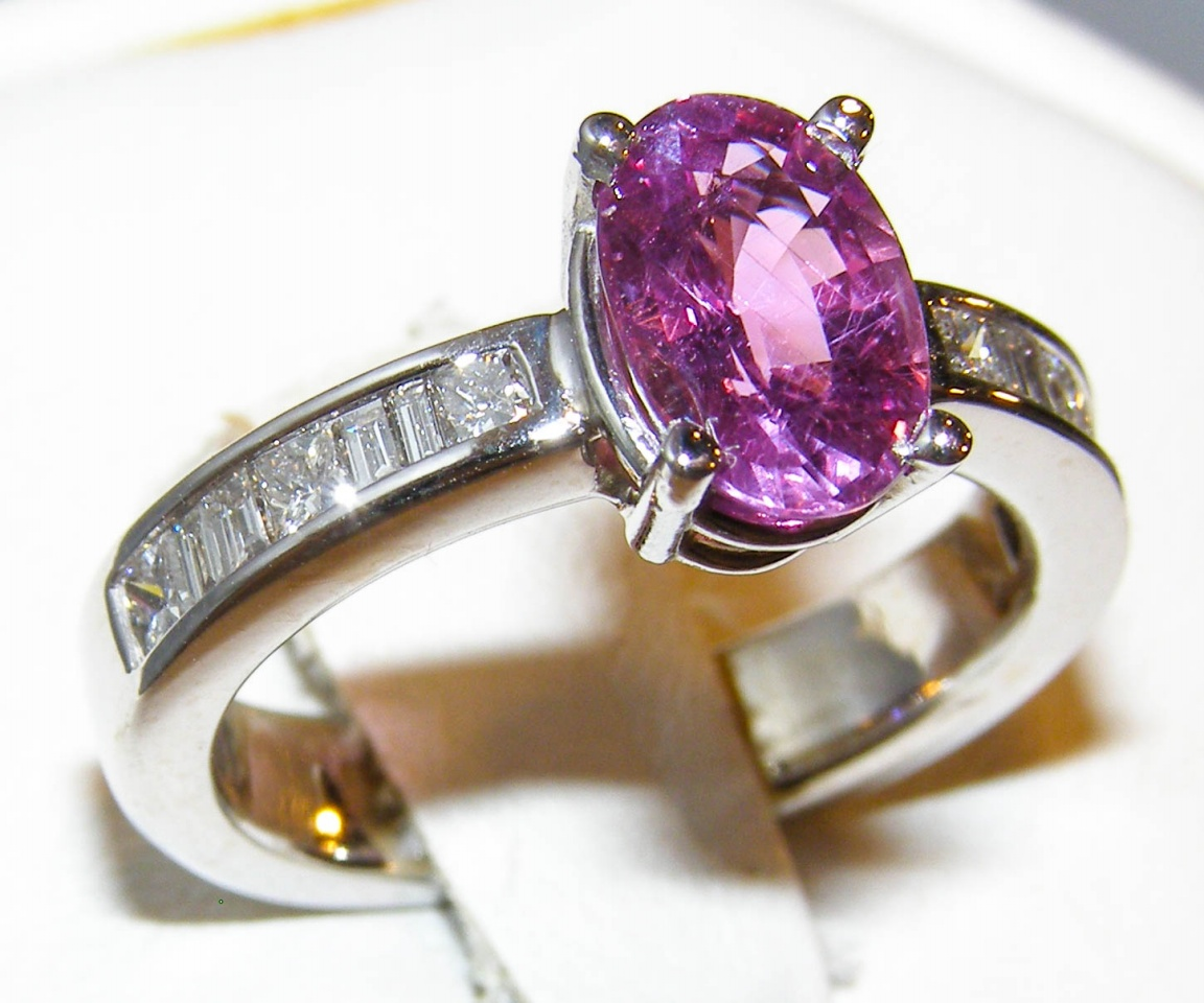 AGL Certified Unheated Pink Sapphire Diamond Ring 14KWG/Platinum 2.40 ctw