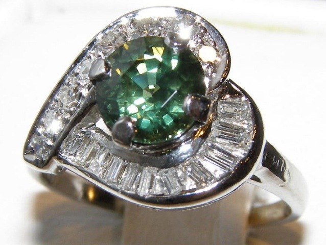 AIGS Certified Brilliant Green Sapphire Diamond Platinum Ring 2.20 ctw
