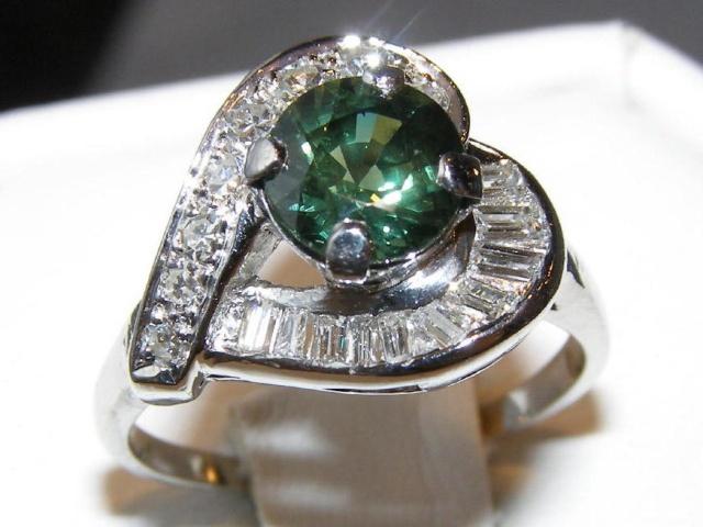 AIGS Certified Brilliant Green Sapphire Diamond Platinum Ring 2.20 ctw