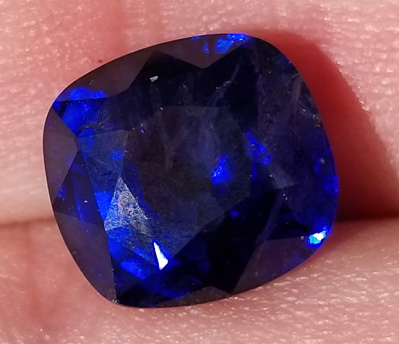 GGTL Certified Sri Lanka Blue Cushion Cut Sappire 5.71 Carats 9.9x9.3x6.5mm