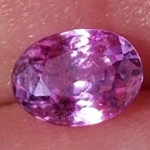 Sri Lanka Pink Oval Sapphire 0.65 carats 5.7x4.2x3.3mm