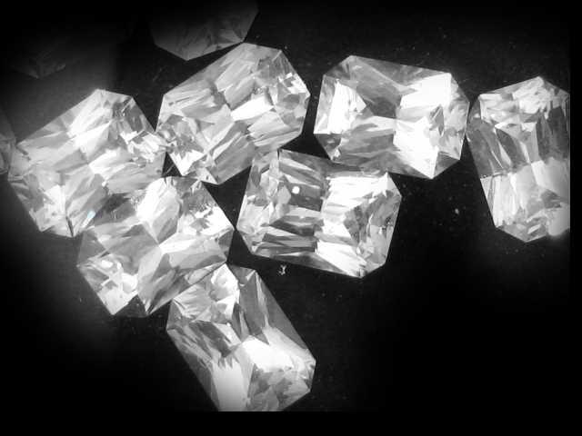 Ceylon Emerald Cut White Sapphire - 1.20 Cts - 7x5mm Pri Mail